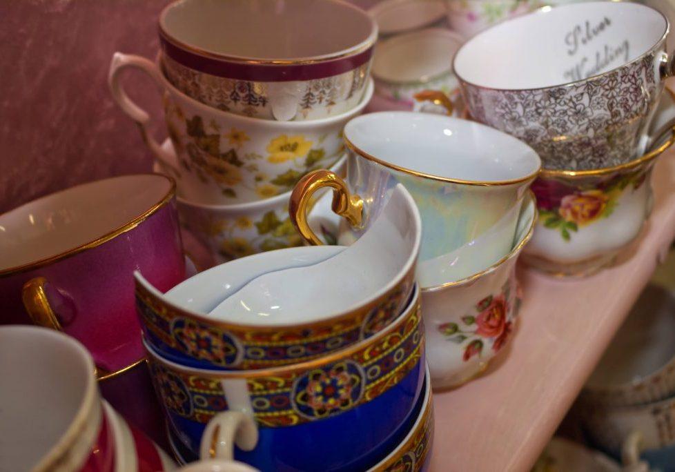 China-Petals-Tea-Cups